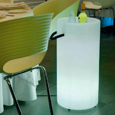 alquiler de Material retroiluminado. Bucket