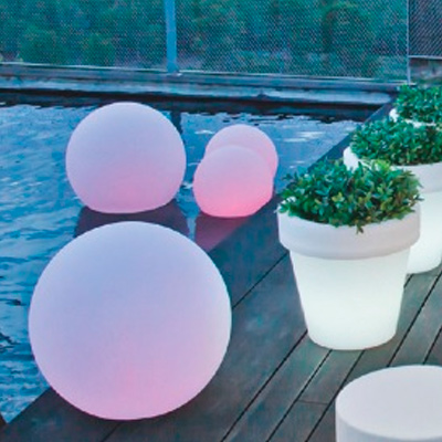 sphere light. Mobiliario retroiluminado