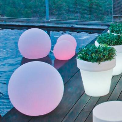 sphere light. Mobiliario retroiluminado