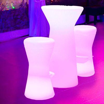 Mesa retroiluminada para fiestas y eventos