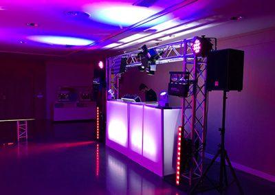 Alquiler de cabina de Dj para eventos y fiestas